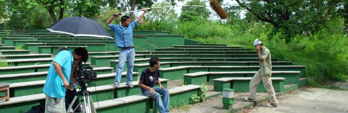 About SRFTI - Students practice in Open Air Theatre at SRFTI